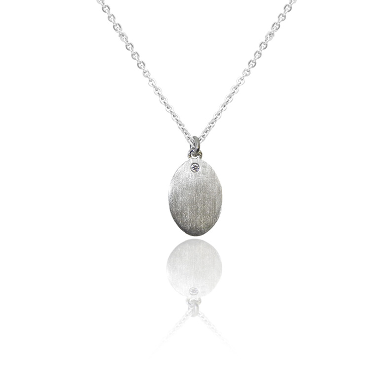OVAL_DIAMOND_PENDANT_WHITE GOLD_THUMB
