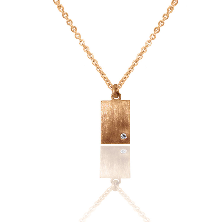RECTAN_DIAMOND_PENDANT_YELLOW GOLD_THUMB